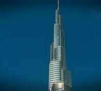 두바이 163층 빌딩. 엘리베이터로 불과 몇 초