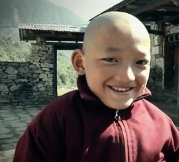 별것 없는 나라, 그런데 왜 그렇게 웃고 삽니까?, 누가 봐도 한참 뒤쳐진 나라, 하지만 세계에서 가장 행복지수가 높은 나라 '부탄'에서 중시되고 있는 행복의 조건