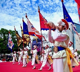 """""""왔소~ 왔소~"""" 사천왕사 왔소, 우리도 몰랐던 일본 땅에 남겨진 우리 역사의 흔적 - 매년 11월 일본 오사카 한 가운데서 펼쳐지는 역사 속 여행, 축제의 현장"""
