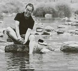시인이 사랑한 섬진강, 시적 영감이 깨어나는 계절 봄, 그 곳에서 글이 시작된다! 지리산 뭉툭한 허리를 감고 돌아가는 섬진강을 따라 가며 보라~