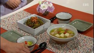 최고의 요리비결, <윤숙자의두고두고먹는든든한여름밥상>감자수제비와고구마줄기김
