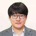 김수환 위원